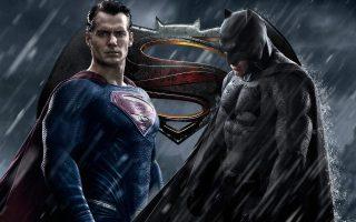 蝙蝠大战超人